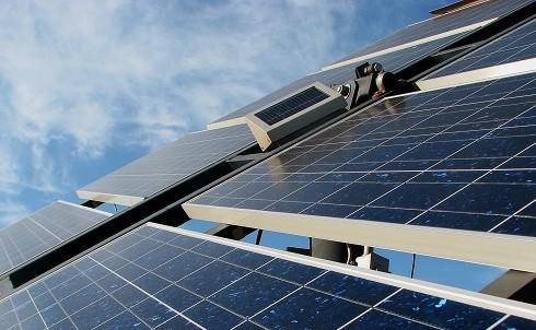 solceller giver gratis energi til dit hjem.